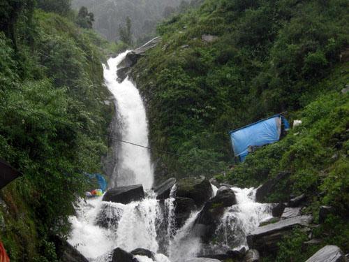 Bhagsunag Fall, Dharamshala